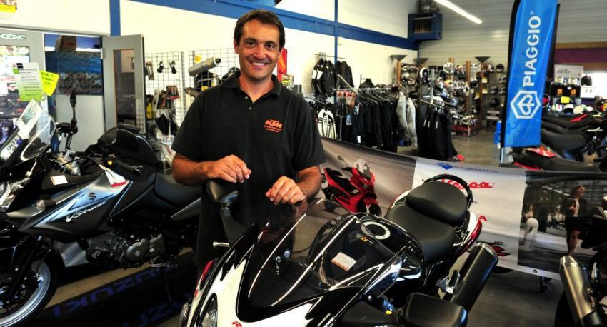 moto occasion l achat d une moto occasion chez un concessionnaire moto au f minin tout sur. Black Bedroom Furniture Sets. Home Design Ideas